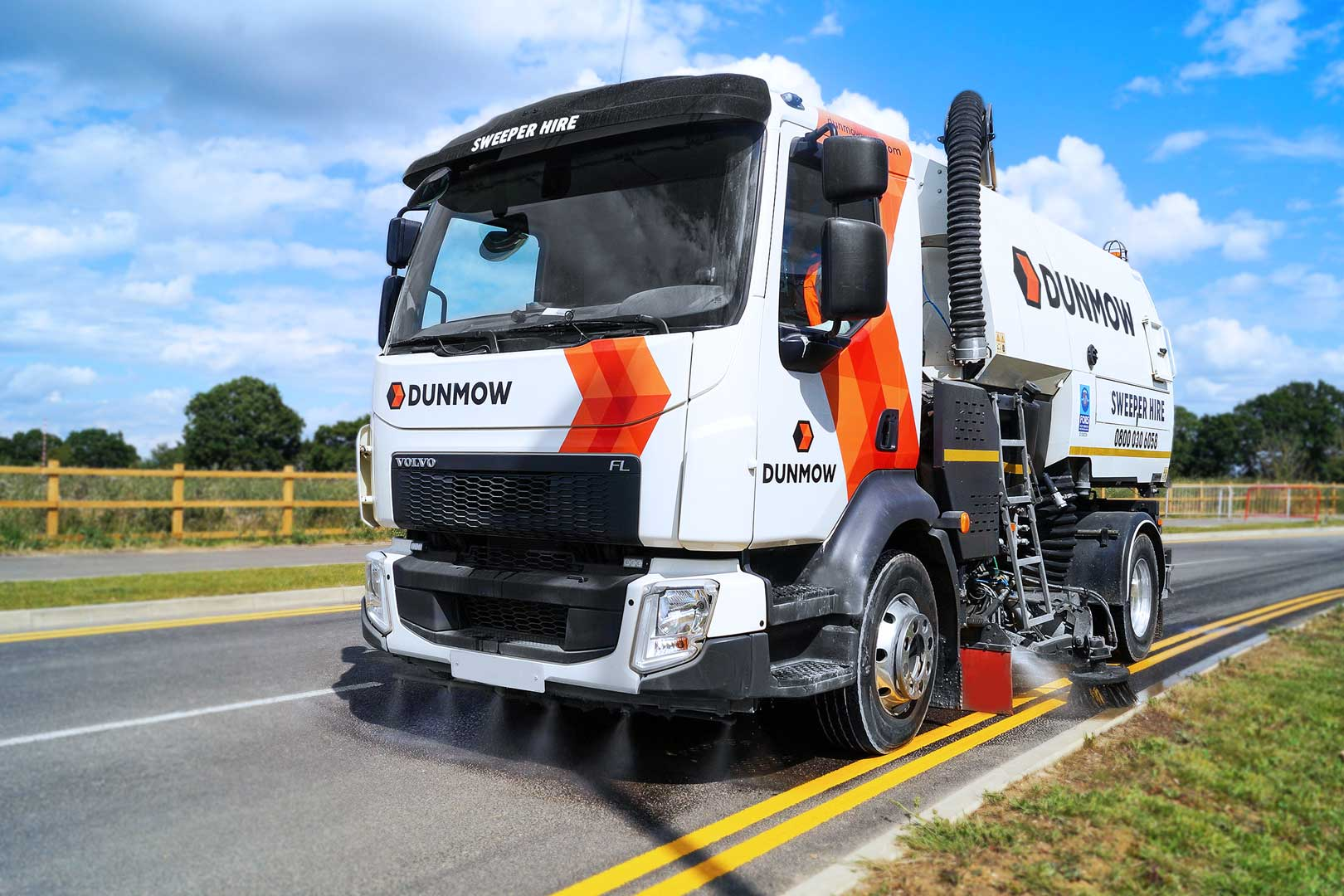 08-Dunmow-WC-Road-Sweeper-01