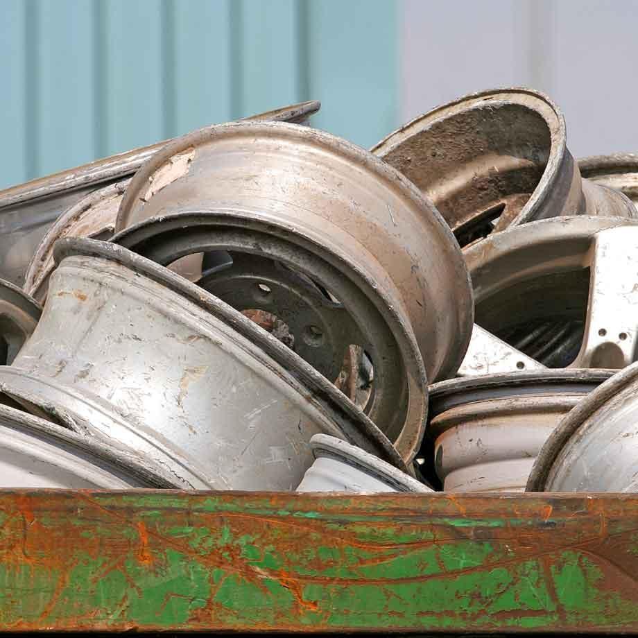 01-Dunmow-Scrap-Metal-Alloy-Rims-01