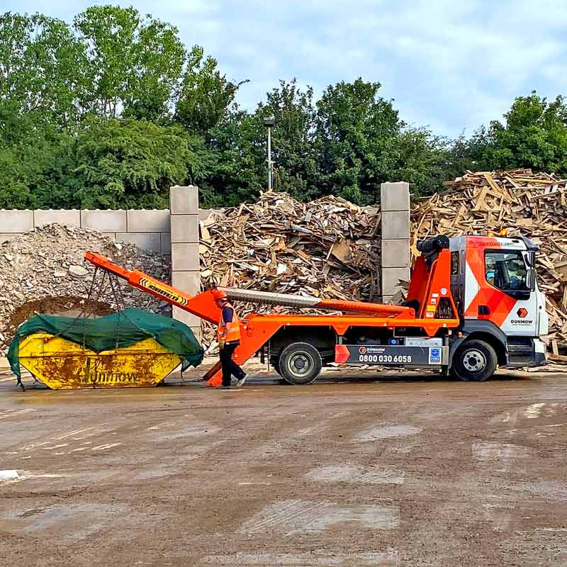 01-Dunmow-Blog-What-Can-I-Put-In-a-Skip-01