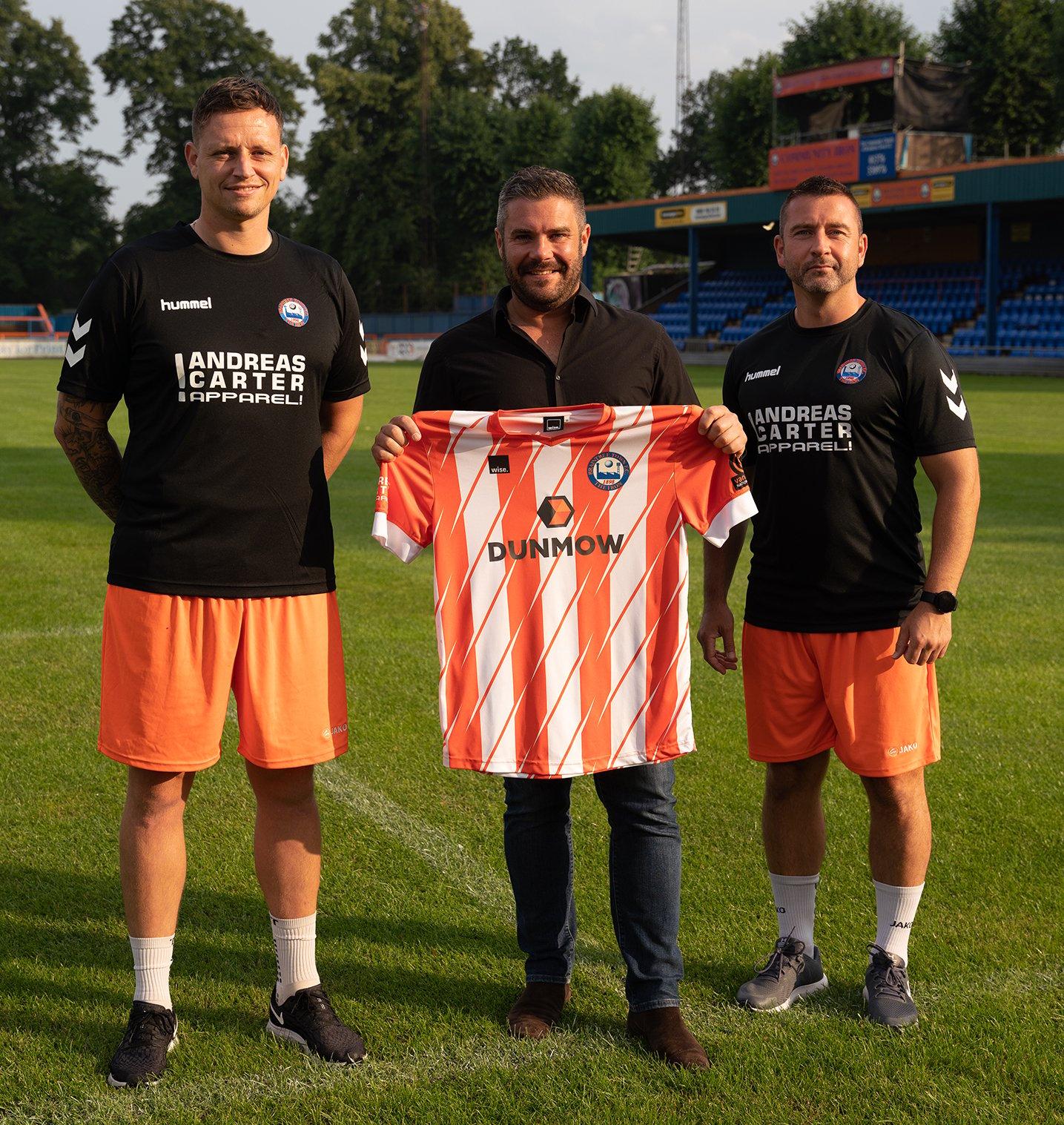 Dunmow-Group-Sponsors-Braintree-Town-FC