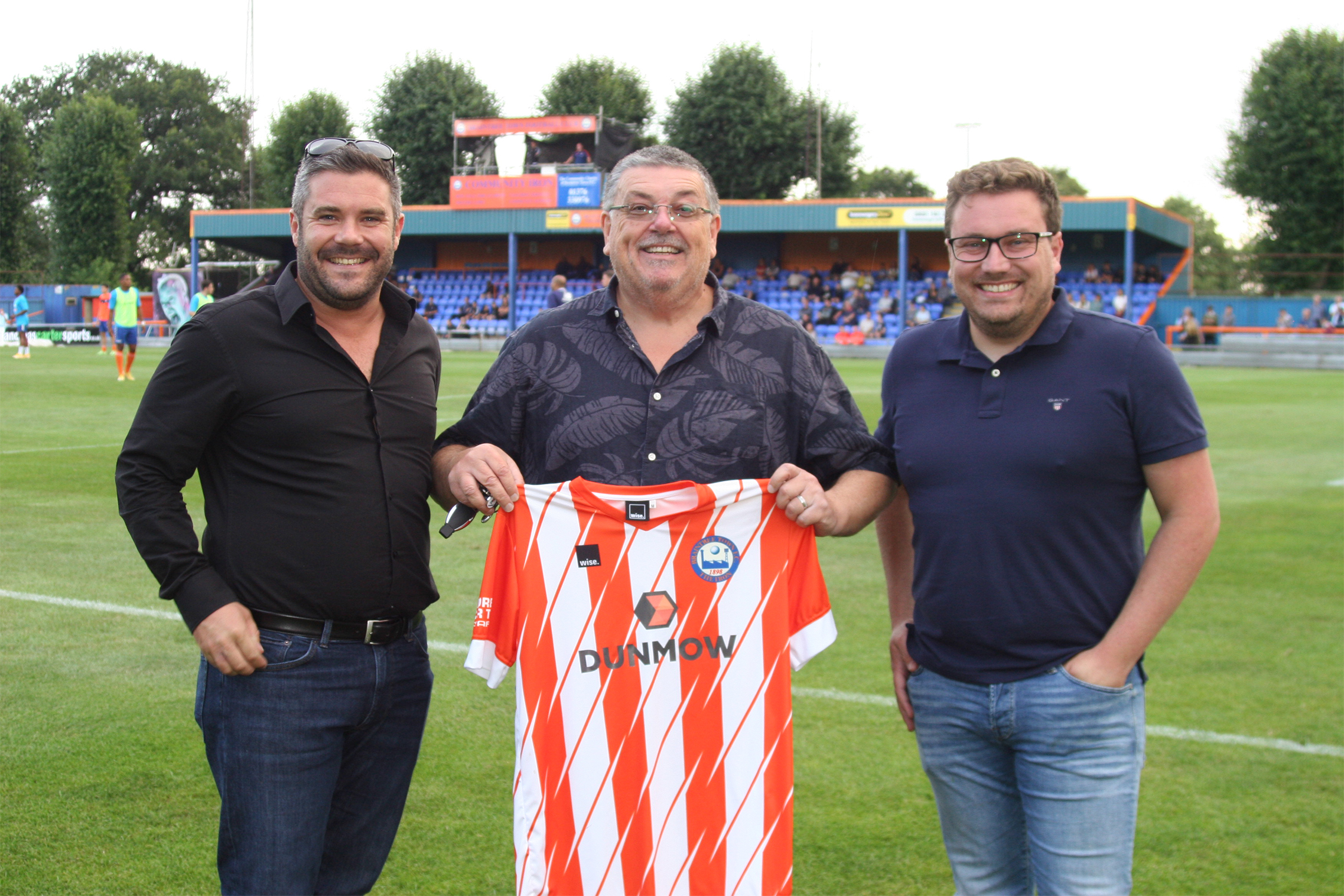 Dunmow-Group-Sponsor-Braintree-Town-Football-Club