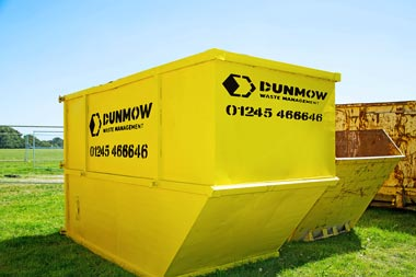 03-Dunmow-Commercial-Enclosed-Skips-01