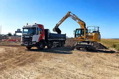 02-Dumow-Tipper-Hire-Site-Clearance-02