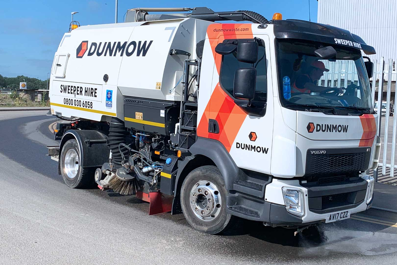 1-Dunmow-RS-Road-Sweeper-01